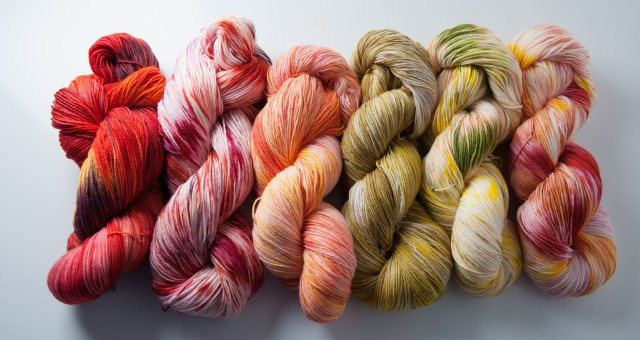 New Sock yarn : pareo, perroquet, cardamome, gloss, jungle light and nectarine